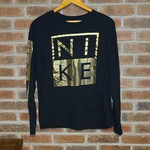 💙3/$50 Nike Gold Accent Long Sleeve Tee